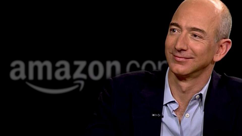 Jeff Bezos Firma Amazon konnte im vergangenen Jahr mehr als 100 Prozent zulegen.