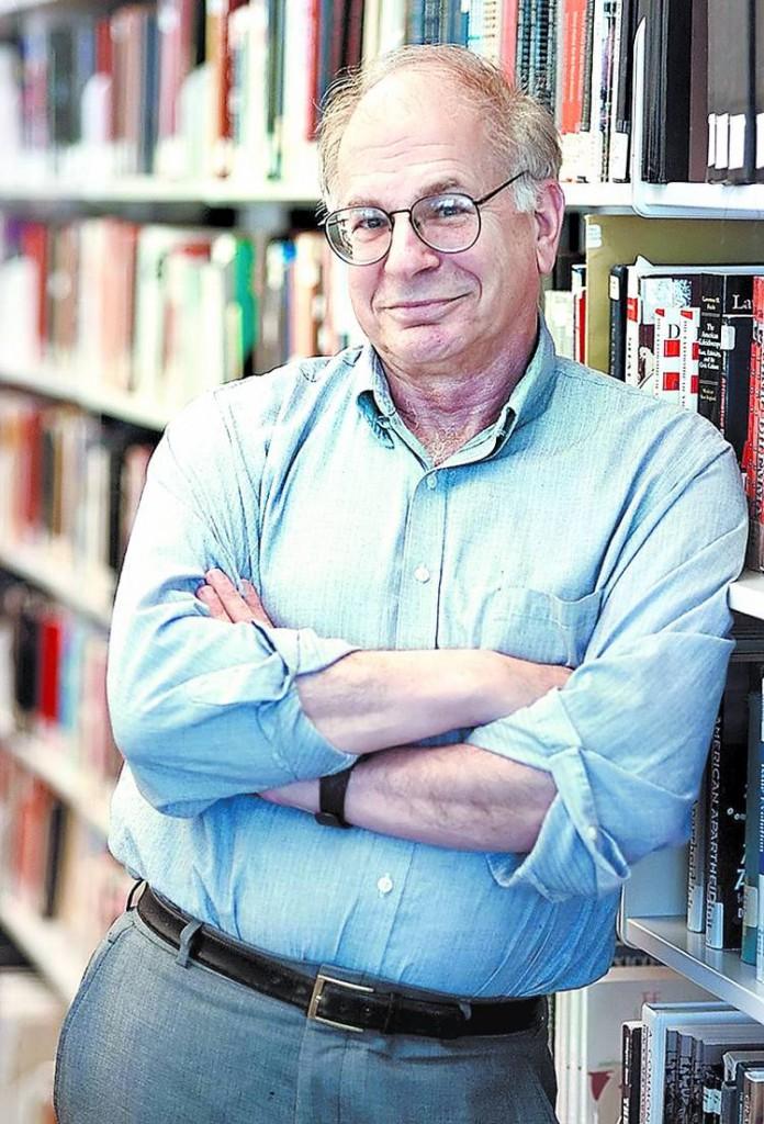 Daniel Kahneman hat sich viel mit inuitiven Entscheidungen von Menschen im Wirtschaftsprozess beschäftig. Dafür hat er den Nobelpreis erhalten.